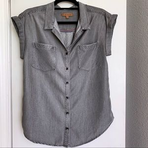 JACHS Girlfriend short sleeve button down top